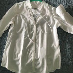 Banana Republic white cotton button down shirt